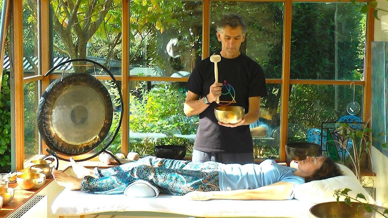 Sound Healing with tibetan bowl